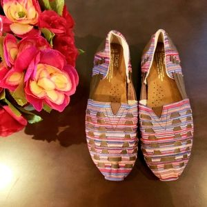 🔥🆕️Toms loafers/slip-ons Multicolored